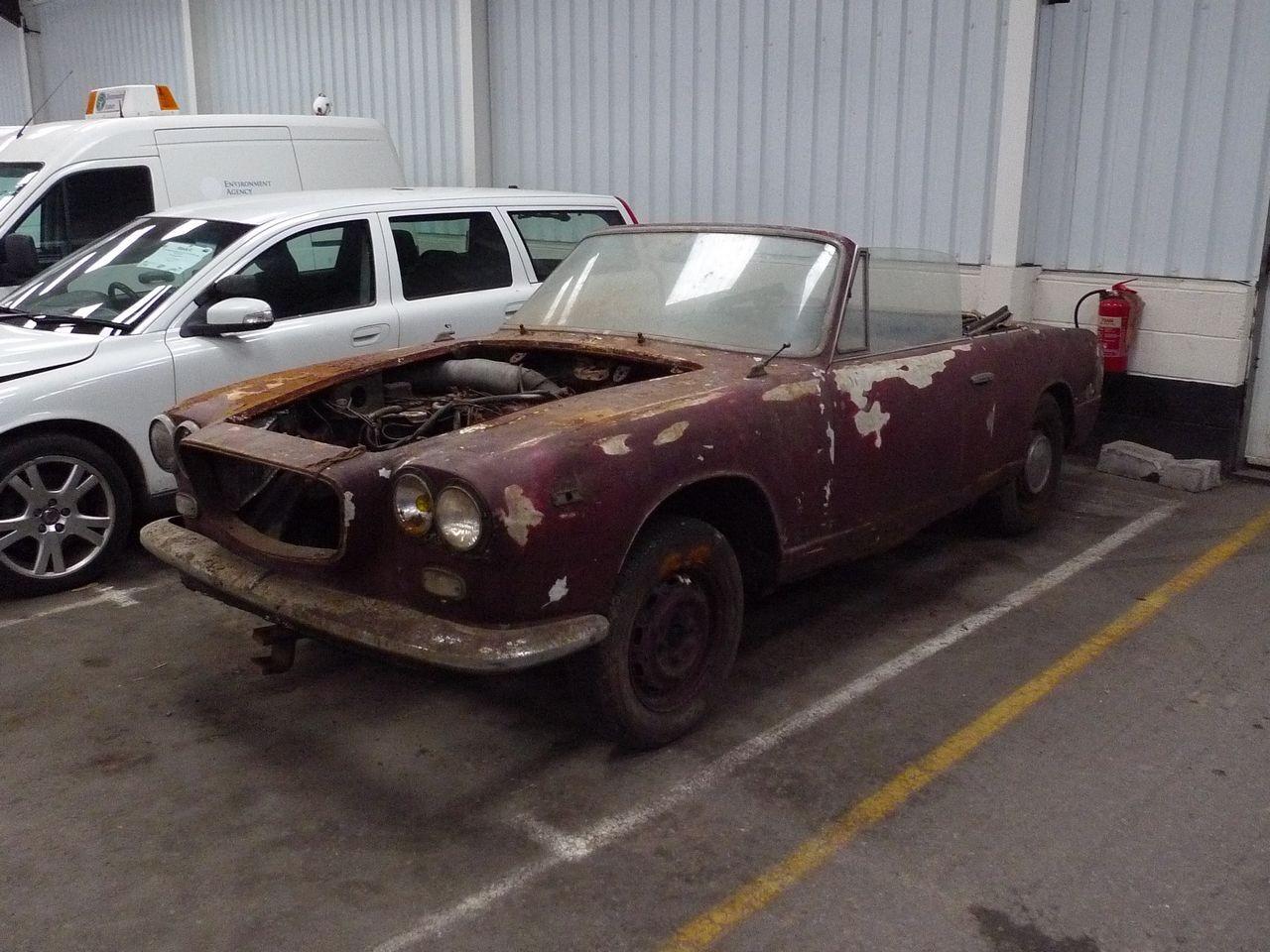 http://classiccars.brightwells.com/images/lots/originals/tn_P1070849.jpg